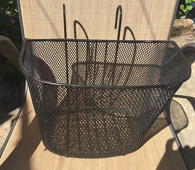 Black Wire Bike Basket In Very Good Condition Pick Up Only