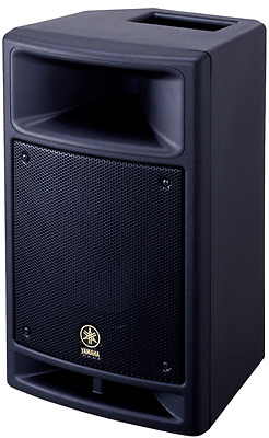 Yamaha Stagepas 500`s Speaker And 250m Mixer