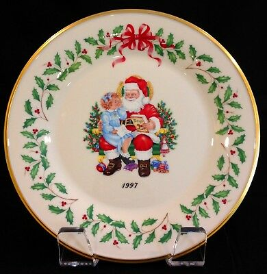 Lenox Annual Holiday Christmas Plate 1997 Christmas List, Seventh in Series