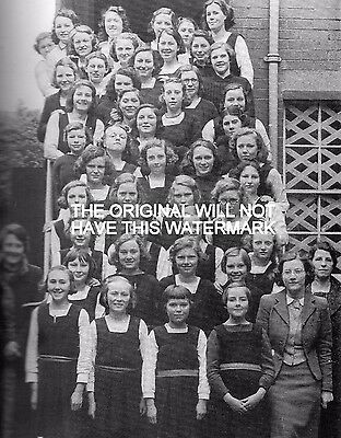 Girls Of Sittingbourne School Evacuated  World War 1941 Oversize Mounted Print