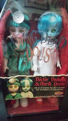 Living Dead Dolls Exclusive Doctor Dedwin & Nurse Necro Rare- Sealed New (Nuova)