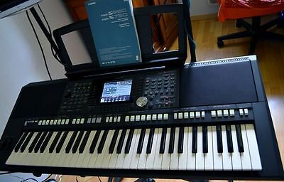 Yamaha PSR-S950 Keyboard Arranger Workstation