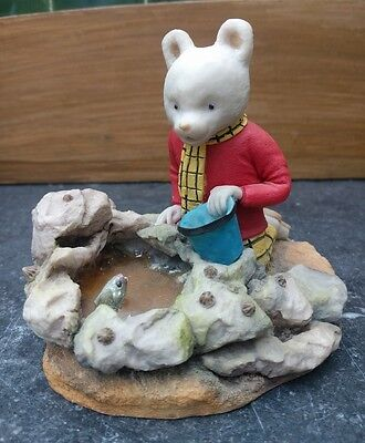 Arden sculpture of Rupert Bear R035