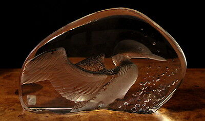 Vintage Mats Jonasson Sweden Etched Glass Loon Sculpture / Paperweight Signed