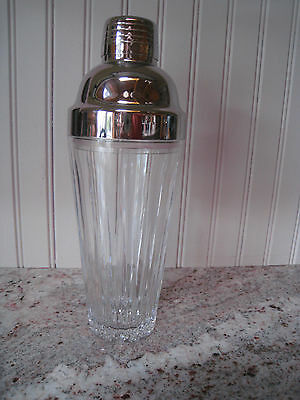 Lovely Williams Sonoma Crystal Cocktail Shaker