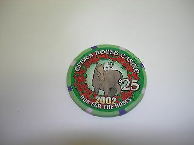 Opera House Casino Casino  Run for the Roses 2002    $25 Casino Chip  OBS!!