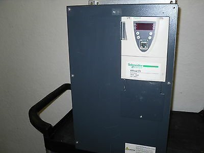 Schneider Electric Altivar 71 – 30 kW 40HP 200/240 Volt Variable Frequency Drive