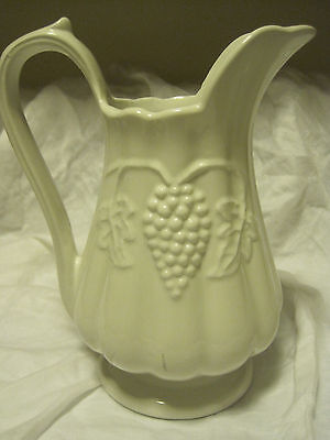 "VTG Farmhouse Red Cliff Ironstone Grape MOTIF White 9"" Pitcher"