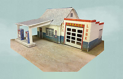 N Scale Building - Retro Gas Station Service Station (Cover Stock Paper Kit)
