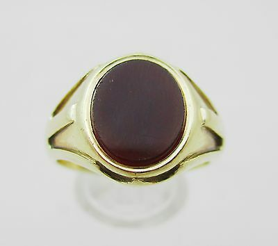 Gents Very Heavy  9ct Gold & Carnelian Set Signet Ring - Size V