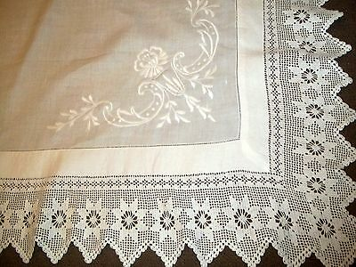 Vintage Whitework Irish Linen Floral Embroidered Tea Table Cloth Crochet Edged.