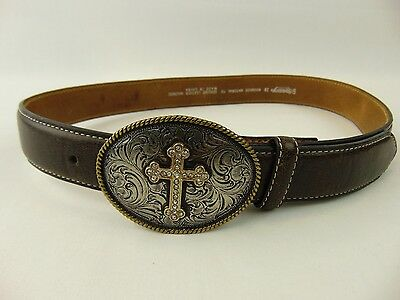 Nacona Girls Leather Cowboy Belt Size 28 Cross Buckle