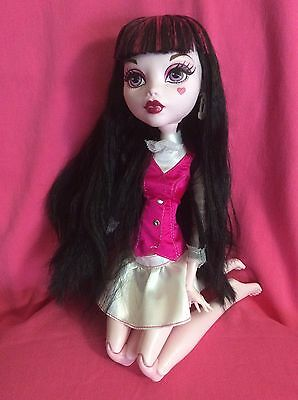 "Mattel Draculaura Monster High Original Ghouls Collection 17"" Doll"