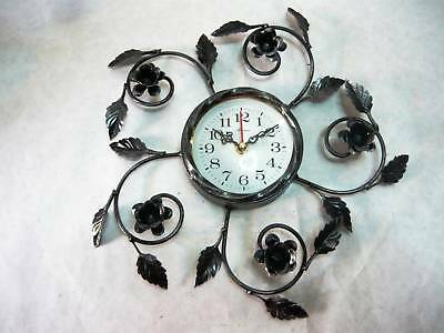 Wall clock quartz wrought iron and rose