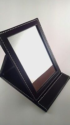 Skønhed HB Collapsible Free-Standing Travel Beauty Mirror. Skonhed HB