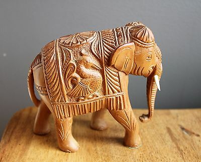 VINTAGE / ANTIQUE Carved Wood ELEPHANT STATUE- 4.5 inches long Beauty