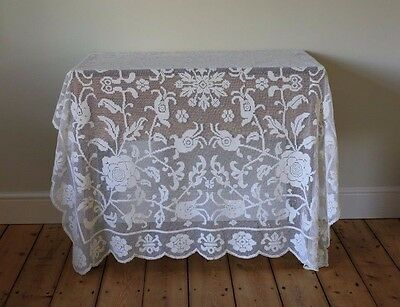 Beautiful Vintage Cream Ecru Lace Floral Tablecloth Bedspread Roses Flowers