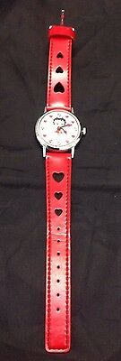 Vintage Wind Up 1985 Working Betty Boop Wrist Watch With Hearts On Band