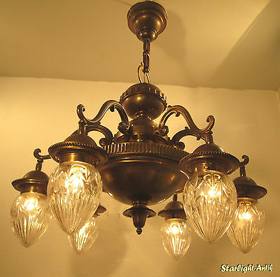 Gorgeous And Huge French Art Deco Chandelier 1920