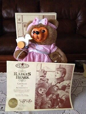 Robert Raikes 92 Collectors club Bear,Francie  hand numbered  #919 fully jointed