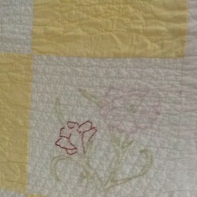 "Antique Vintage Quilt Floral beauty Hand Embroidery Yellow 80x60"" hand quilting"