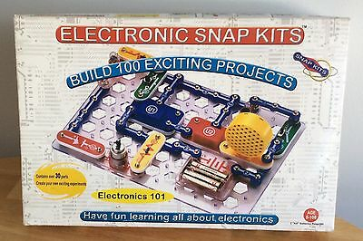 Electronic Snap Kits 30 Parts 100 Projects Radio Shack Complete Unused