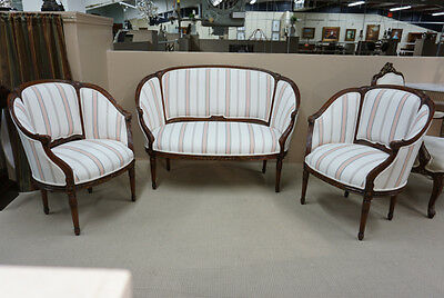 Beautiful Traditional French Settee love seat and 2 arm chairs Mahogany