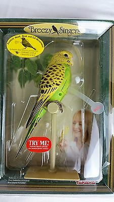 Takara Breezy Singers Parakeet w/ Stand Sound and Motion Yellow Green Tested!