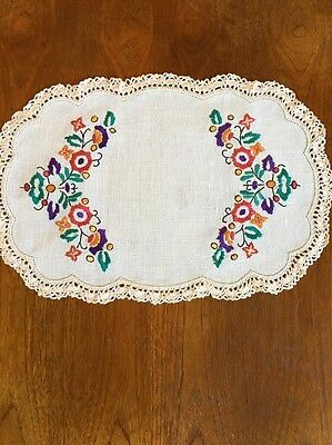 Vintage Hand Embroidered Linen Duchess / Doily. Dining Table Crochet Edge