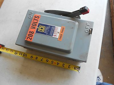 Square D Disconnect H321N 30 amp 240 Safety Switch Fuse type