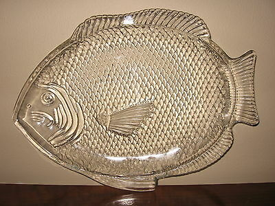 Set of 6 Fish Shaped Clear Glass Dishes Oven-Proof USA, Seafood Serving Dishes