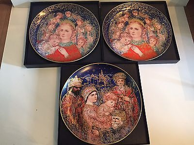 "Edna Hibel Christmas Plate ""The Angels Message"" & ""The Gifts of the Magi"" Knowle"