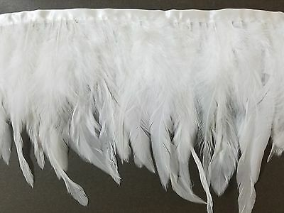 Coque feather fringe of white color 20 yards trim
