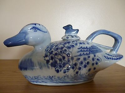 Ceramic Chinese Teapot in the Shape of a Duck tea pot pottery Blue White