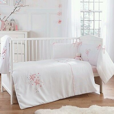 New 4Baby Twinkle Pink Cot / Cot Bed 2 Piece Girls Quilt & Bumper Bedding Set