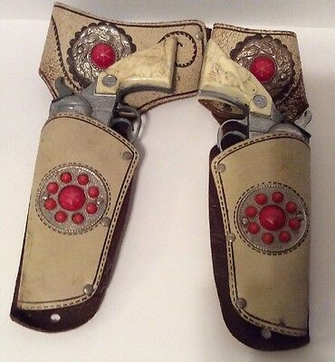 Vintage Kilgore Roy Rogers Ranger Toy Cap Guns W/ Leather Holsters