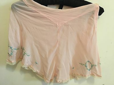 VINTAGE 1940s FRENCH SILK & LACE KNICKERS TAP PANTS  PINUP BOMBSHELL WWII