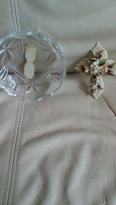 CAPODIMONTE LILLYS on Leaves Porcelain Flower  AND CANDY DISH ITALY