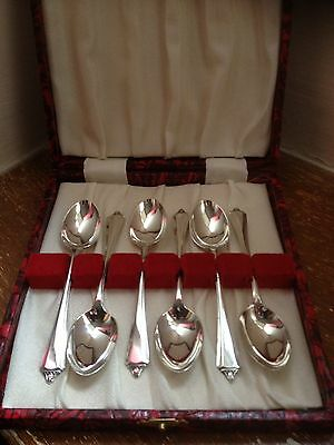 Cased Set Of Quality Solid Silver Spoons.1941.