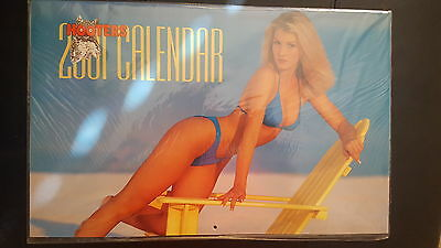2001 Hooters Swimsuit Wall Calendar Special Centerfold👄