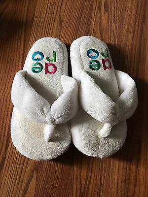Women's Juniors White Shoes Slippers Size Medium 7/8 Aeropostale