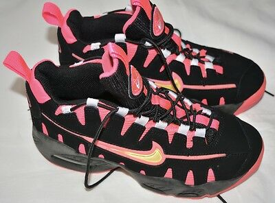 Nike Women's Girls Shoes Black Pink Size 5Y