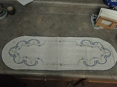 Vintage Hand Embroidered Linen Table Runner circa 1930's