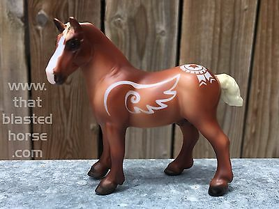 * AIR-ETCHED * Lucky Charm DECORATOR Breyer Horse STABLEMATE for BREYERFEST Luck