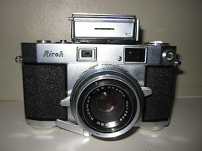 VINTAGE 1950s RICOH 500 CAMERA WITH CASE