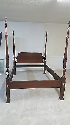 Link Taylor Queen Bed Rice Carved Poster Mahogany