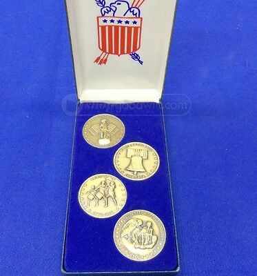 1776 1976 US Bicentennial Collection Coin Token Medal Commemorative Boxed Set US