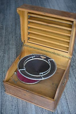 Early 1900s Diffusor Pathe french phonograph with paper cone
