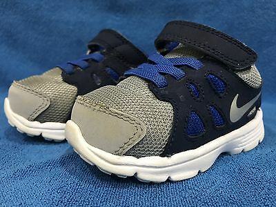 Baby Infant Toddler NIKE Boys Revolution 2 Shoes Size 5c