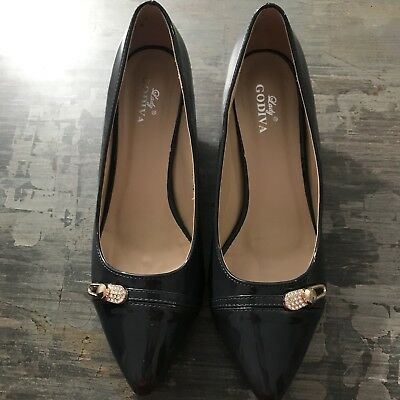 Amazing Deals on Women's Lady Godiva Lizzie Women's Low Heel